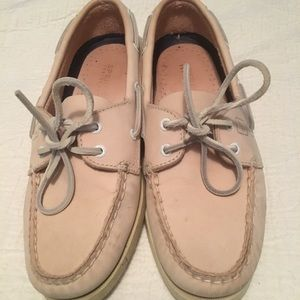 Pink sperry boat shoes size 7
